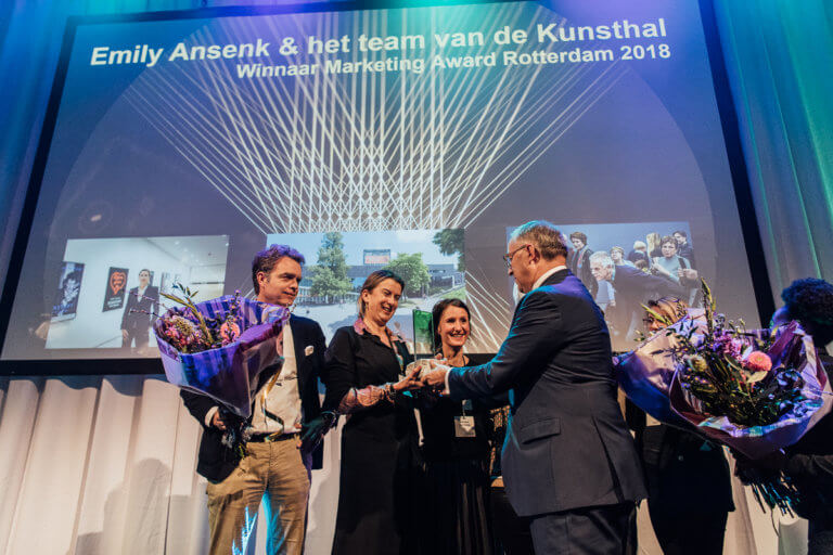 Aboutaleb reikt Marketing Award Rotterdam 2018 uit aan Kunsthal