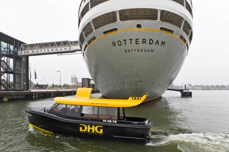watertaxi-en-ss-rotterdam