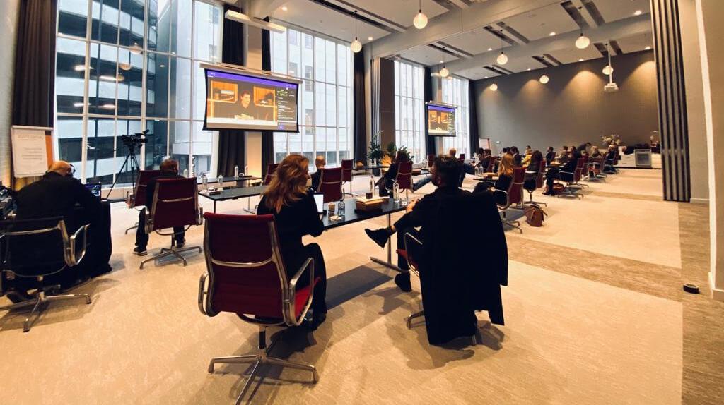 Op evenementlocatie Postillion Hotel & Convention Centre WTC Rotterdam was een selecte groep deelnemers bij elkaar voor dit experiment.